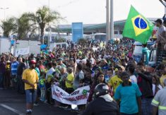 Caminhoneiros voltam ao Planalto com pauta mais extensa e cobram promessas no papel