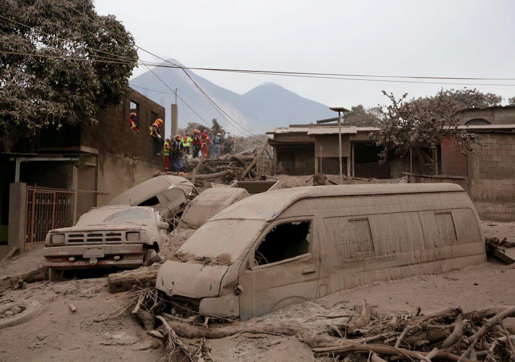 Vulcão de Fogo volta a estremecer zonas afetadas na Guatemala; mortes passam de 70