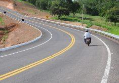 Primeira estrada pavimentada até Chapada de Areia é inaugurada