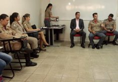 """Comando dos Bombeiros reúne mulheres militares e se diz preocupado com """"denuncismo"""""""