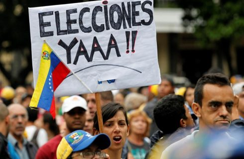 Protestos e mortes: o que está por tras do agravamento da crise na Venezuela?