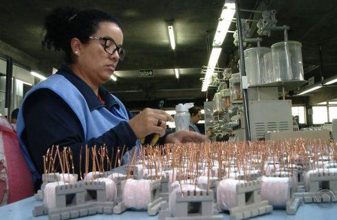 'Prévia' do PIB do Banco Central indica que economia brasileira recuou 0,13% no 1º trimestre