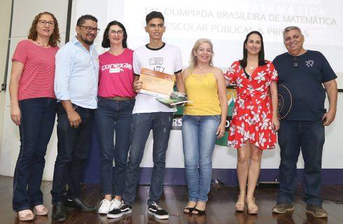 Estudantes são premiados por resultado de sucesso na Olimpíada Brasileira de Matemática de 2018