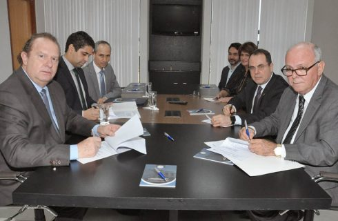 Governador Mauro Carlesse assina Termo de Cooperação Técnica com a Escola Superior de Magistratura