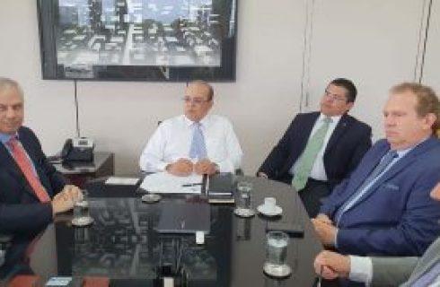 Investimentos| Governador Mauro Carlesse negocia vinda do Banco de Brasília para o Tocantins