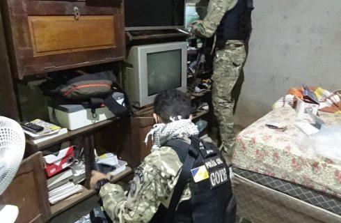 Operação da Polícia Civil busca cumprir mandados de busca e apreensão contra o tráfico de drogas na região sul de Palmas