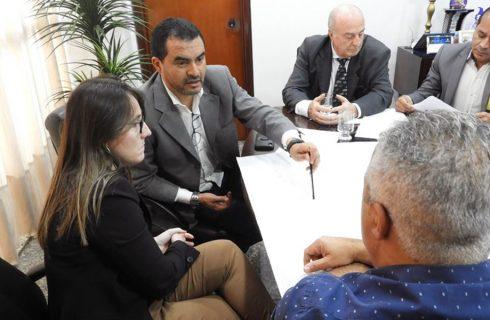 Wanderlei Barbosa discute com secretária da Infraestrutura implantação de projeto automotivo para Palmas