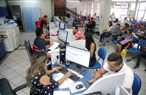 Prefeitura de Araguaína aumenta salário dos servidores retroativo a março