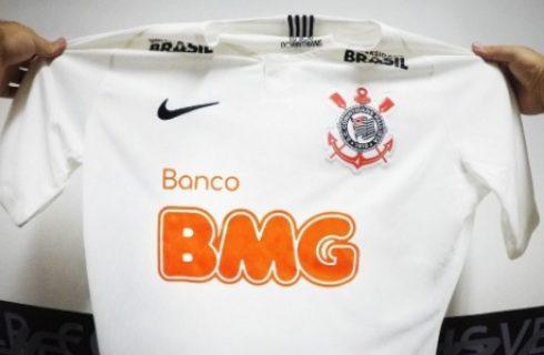 """Corinthians anuncia patrocinador com alfinetada: """"Sem ambições políticas"""" Comente"""