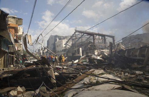 Explosão em fábrica de plásticos na República Dominicana deixa mortos; há desaparecidos