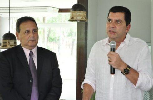 A pedido do PSB Nacional, Amastha conduz transição em SC: Adir é indicado