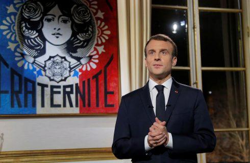 Popularidade de Macron sobe mesmo com continuação de protestos, mostra pesquisa
