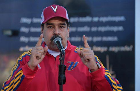 Maduro defende sua legitimidade; chancelaria critica EUA