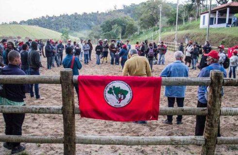 Governo Bolsonaro paralisa reforma agrária e demarcação de territórios quilombolas
