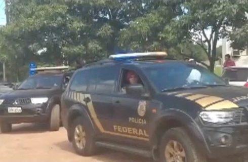 Estudantes brasileiros de medicina são entregues à PF e expulsos do Paraguai; 12 forçados a voltar