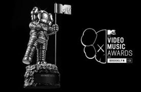 Revival dos anos 90, rappers em peso e surpresas: o que esperar do VMA 2018